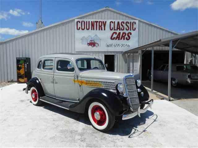 1935 Ford 4-Dr Sedan | 997074