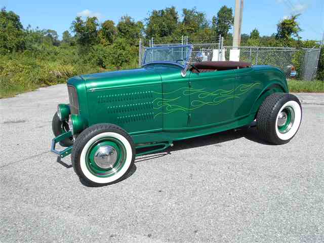 1932 Ford Roadster | 997188
