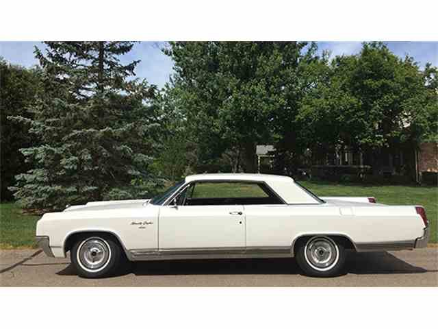1963 Oldsmobile 98 Custom Sports Coupe | 997220