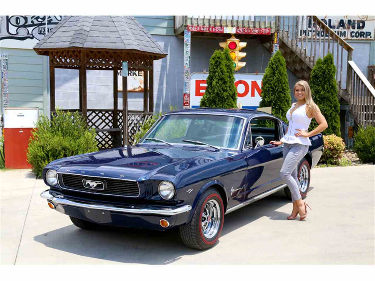 Large Picture of '66 Mustang - LDLT
