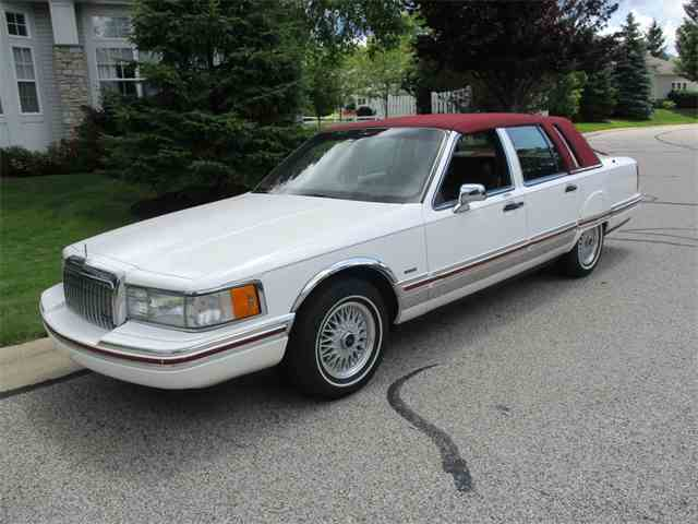 1994 Lincoln Executive Series Town Car | 997554