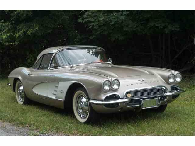 1961 Chevrolet Corvette | 997882