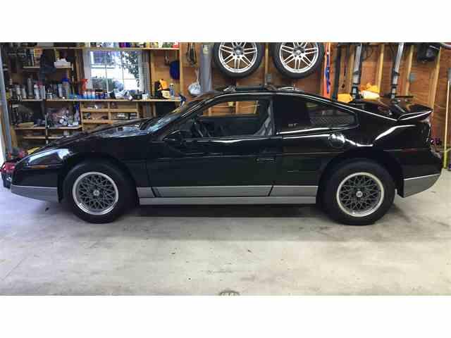 1986 Pontiac Fiero   997929