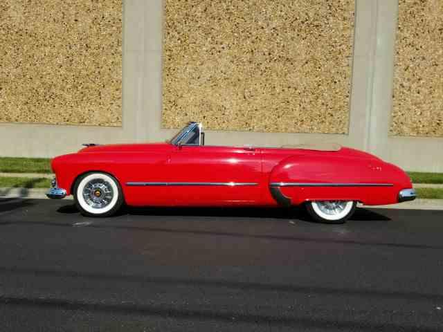 1948 Oldsmobile Custom Cruiser   997952
