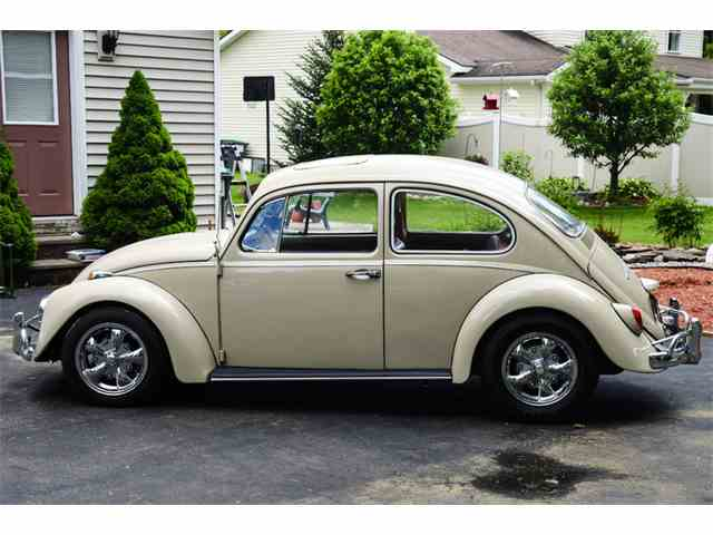 1967 Volkswagen Beetle Deluxe Sedan Sunroof