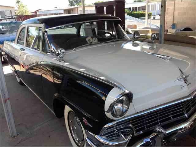1956 Ford Fairlane | 998136
