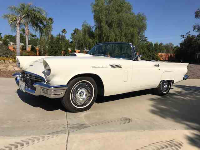 1957 Ford Thunderbird | 998184