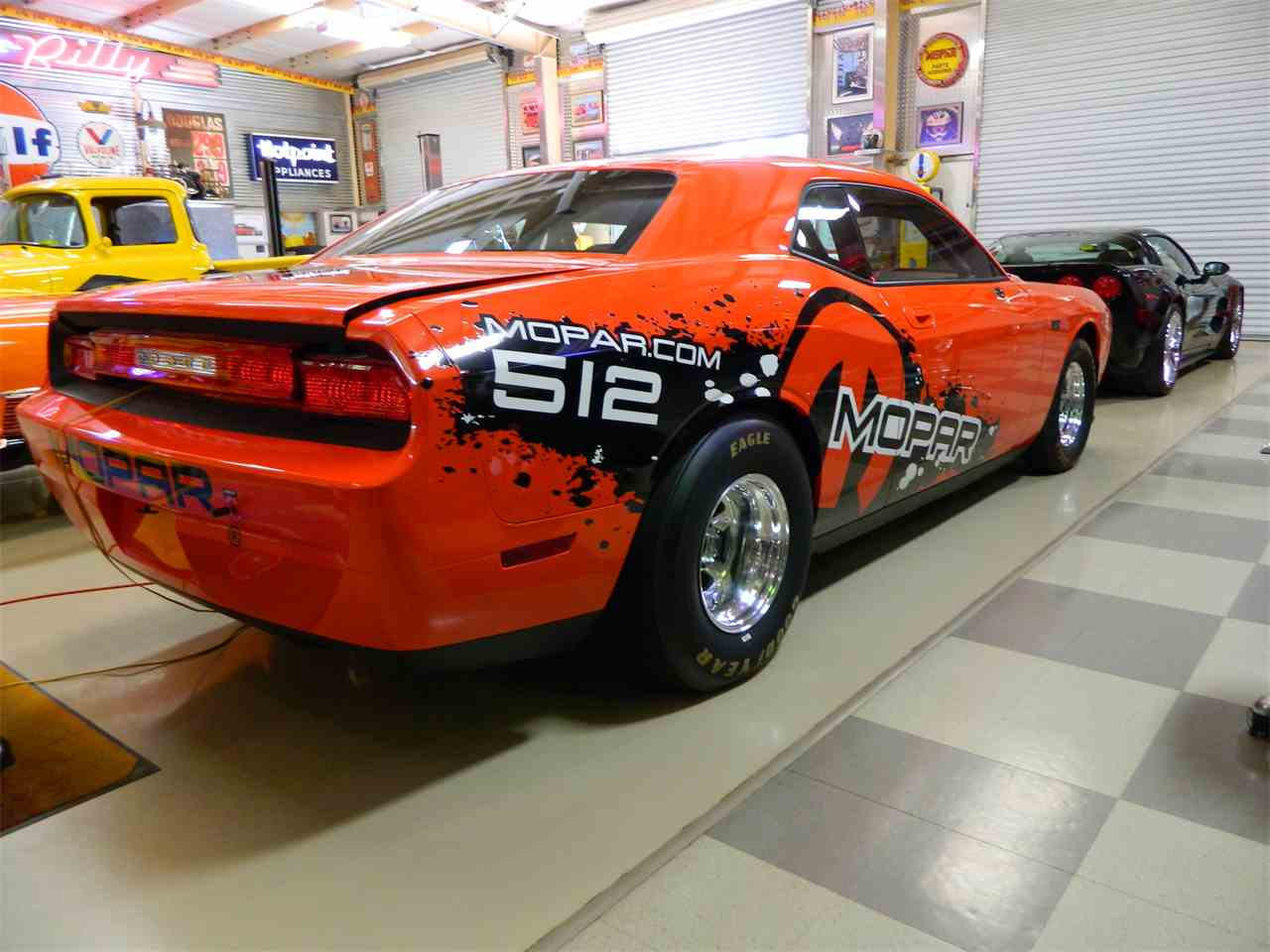 Large Picture of '11 Challenger - LE7J