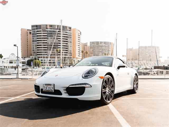 2015 Porsche 911 | 998338