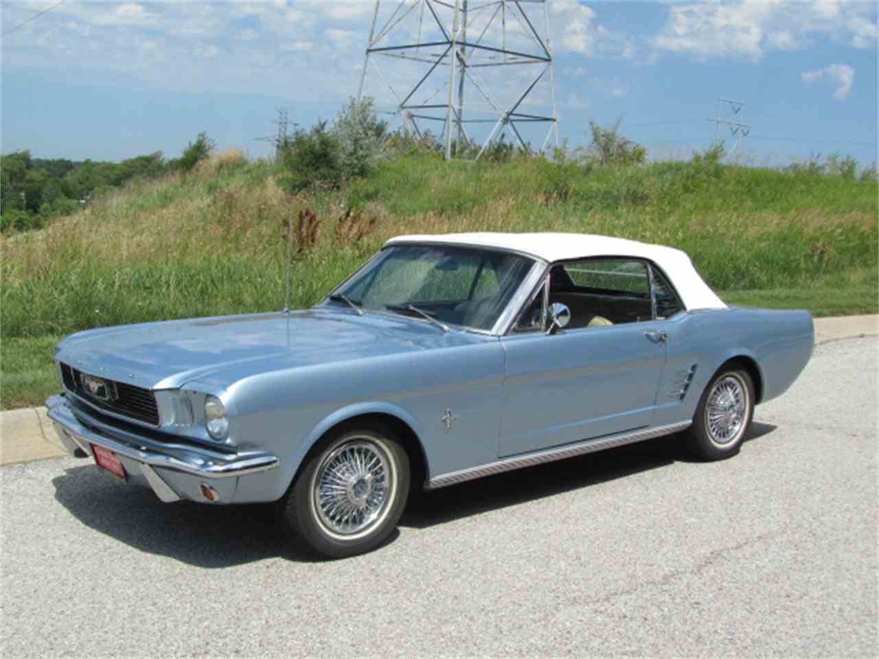 Large Picture of Classic 1966 Ford Mustang - LEDU