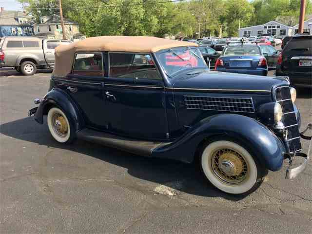 1935 Ford Convertible | 998472