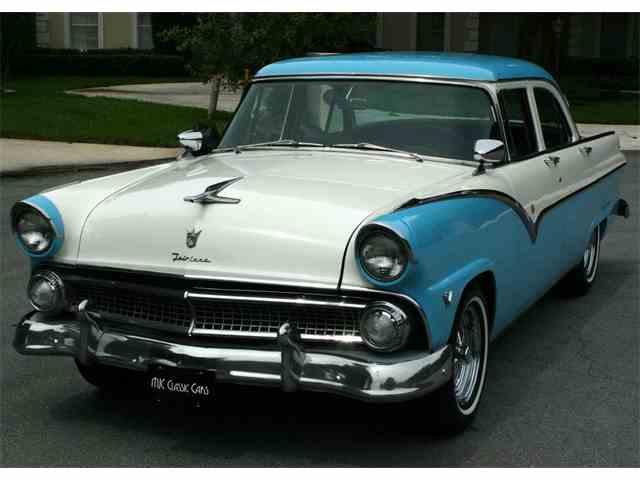 1955 Ford Town Sedan | 998496