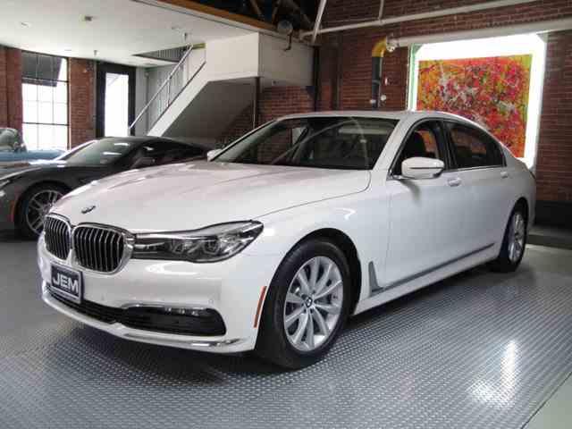 2017 BMW 7 Series | 998624