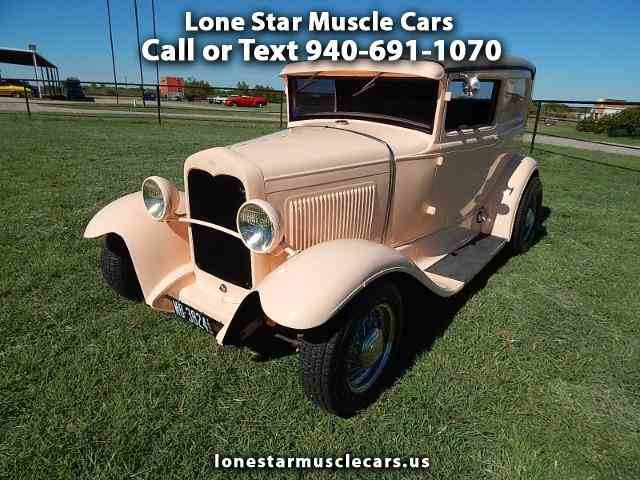 1931 Ford Automobile | 990871