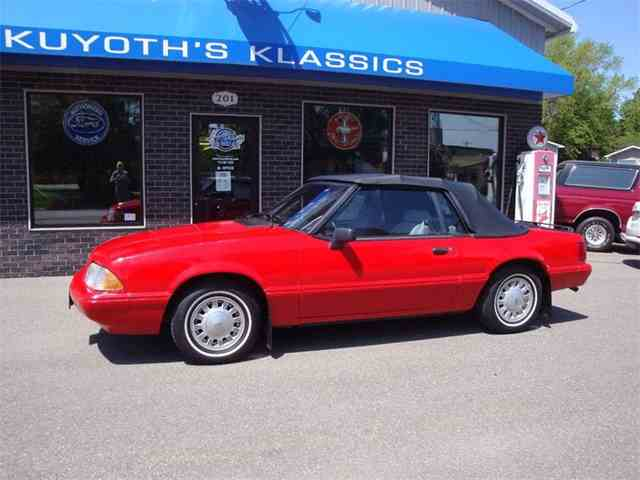 1993 Ford Mustang | 998821