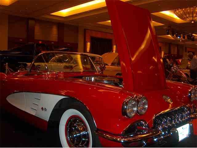1960 Chevrolet Corvette | 998957
