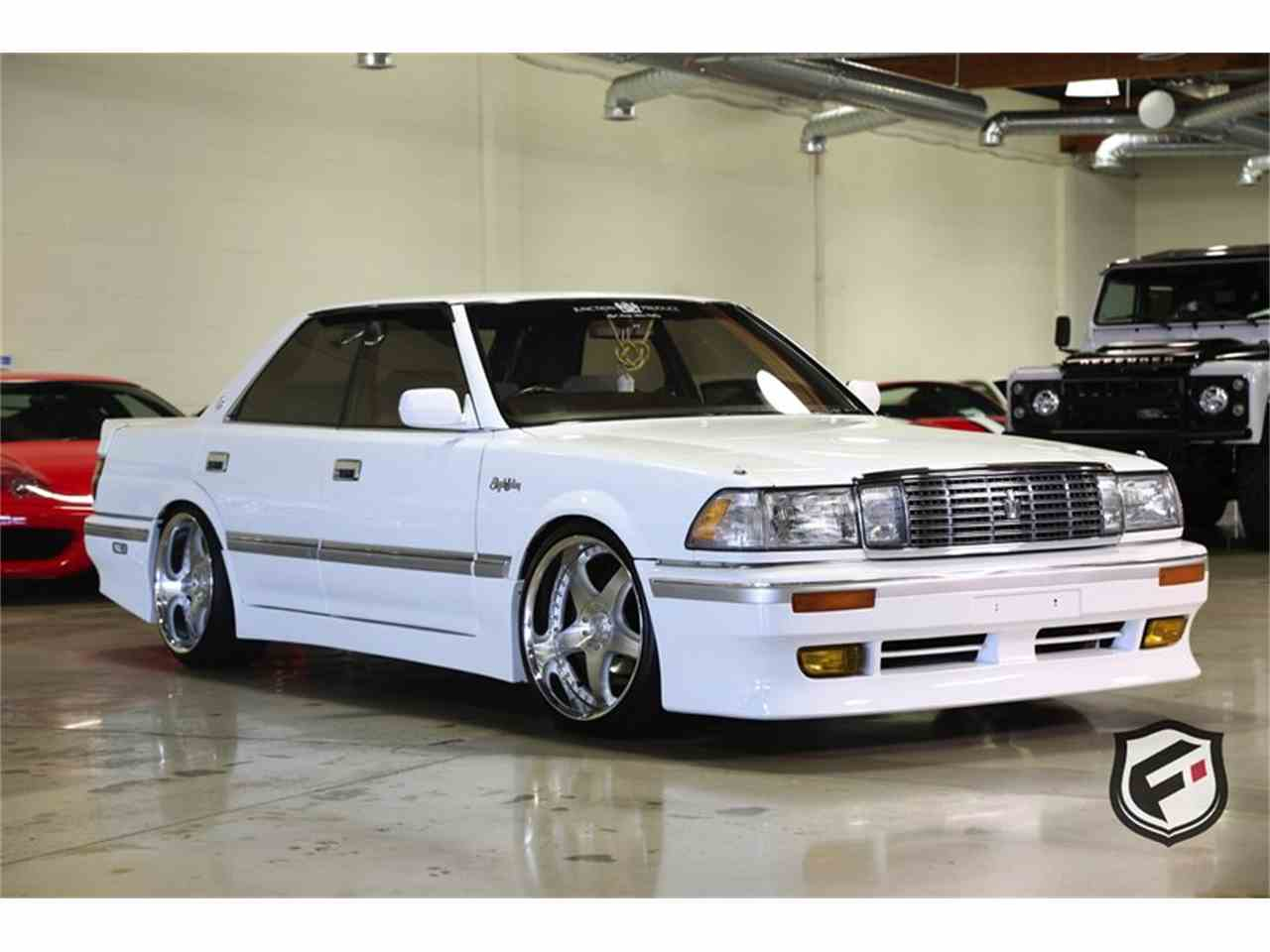 1989 Toyota Crown for Sale - CC-999005