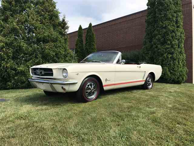 1965 Ford Mustang | 999104