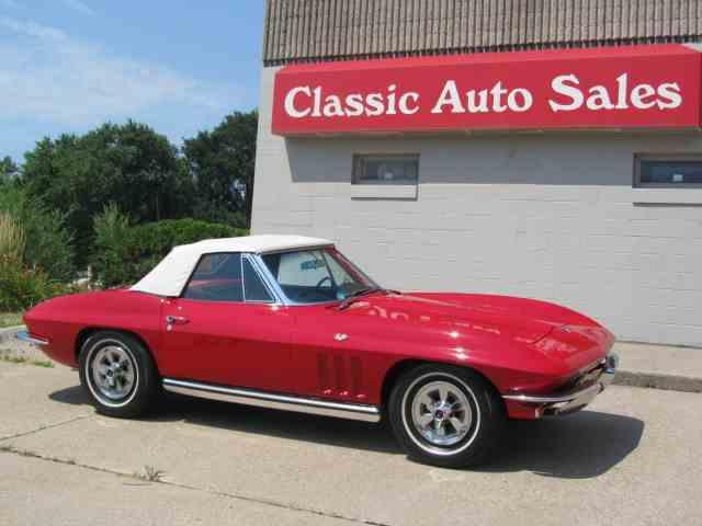1965 Chevrolet Corvette | 999235