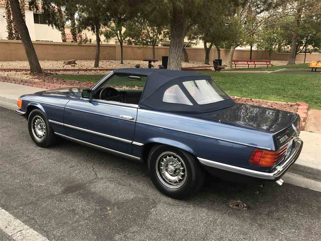 Large Picture of '85 Mercedes-Benz 560SL - LF63