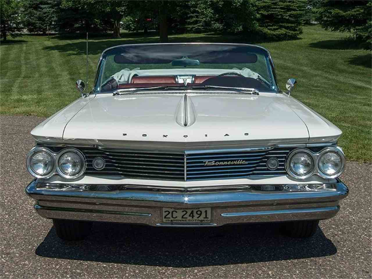 Large Picture of Classic '60 Bonneville located in Rogers Minnesota Offered by Ellingson Motorcars - LF7P