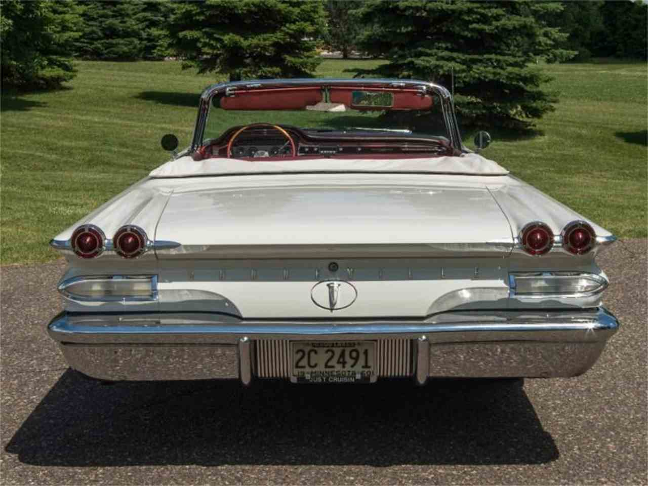 Large Picture of Classic 1960 Pontiac Bonneville located in Rogers Minnesota - $54,950.00 Offered by Ellingson Motorcars - LF7P