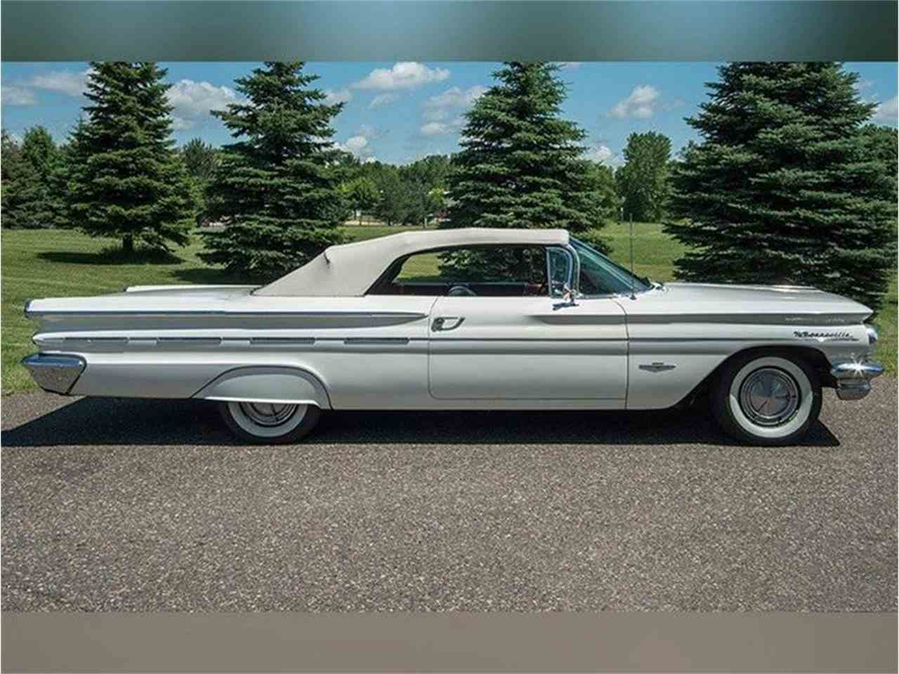 Large Picture of 1960 Pontiac Bonneville located in Rogers Minnesota - $54,950.00 Offered by Ellingson Motorcars - LF7P