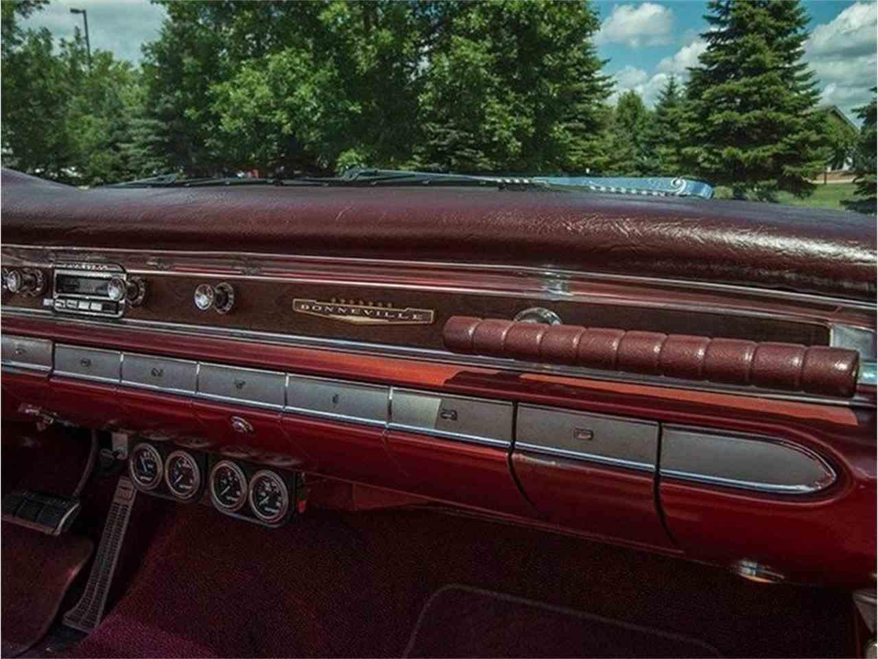 Large Picture of Classic 1960 Bonneville - LF7P