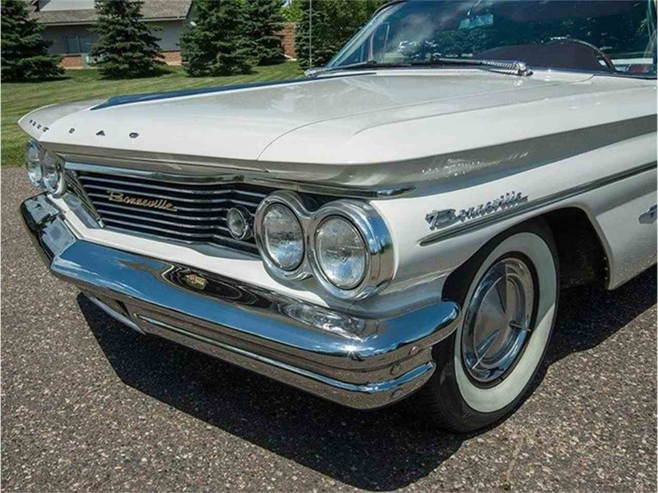 Large Picture of 1960 Pontiac Bonneville located in Minnesota - $54,950.00 Offered by Ellingson Motorcars - LF7P