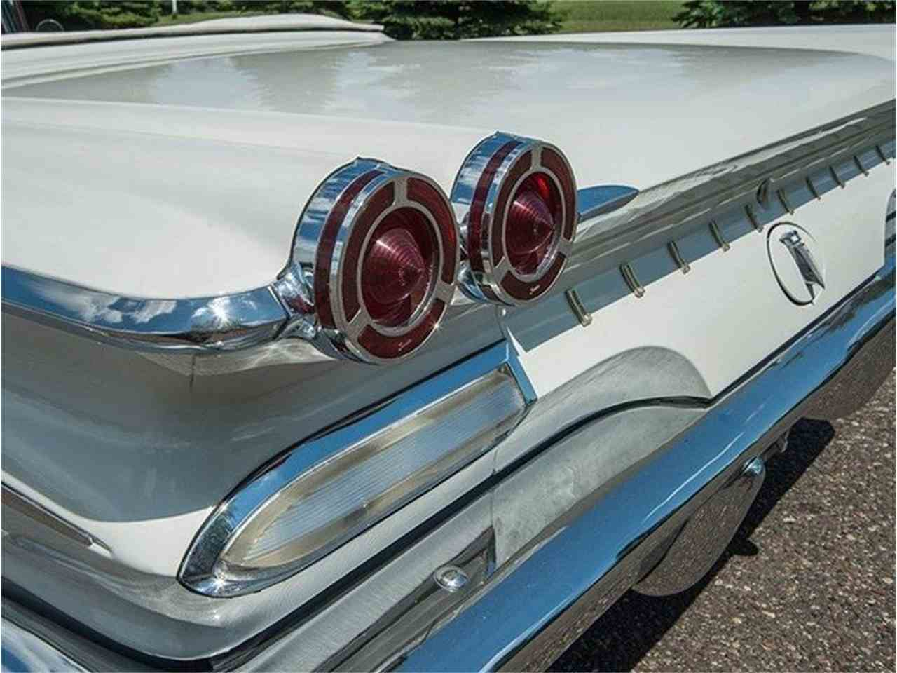 Large Picture of 1960 Pontiac Bonneville located in Minnesota Offered by Ellingson Motorcars - LF7P