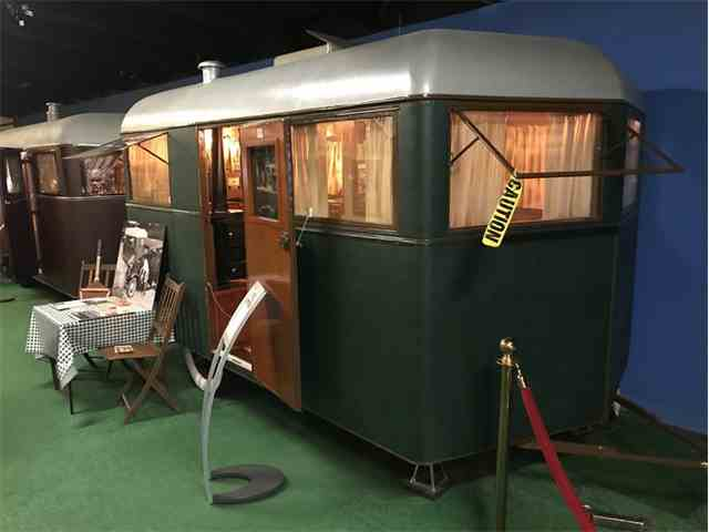 1932 Covered Wagon Travel Trailer | 999511