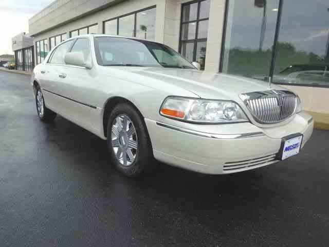 2004 Lincoln Town Car | 999649