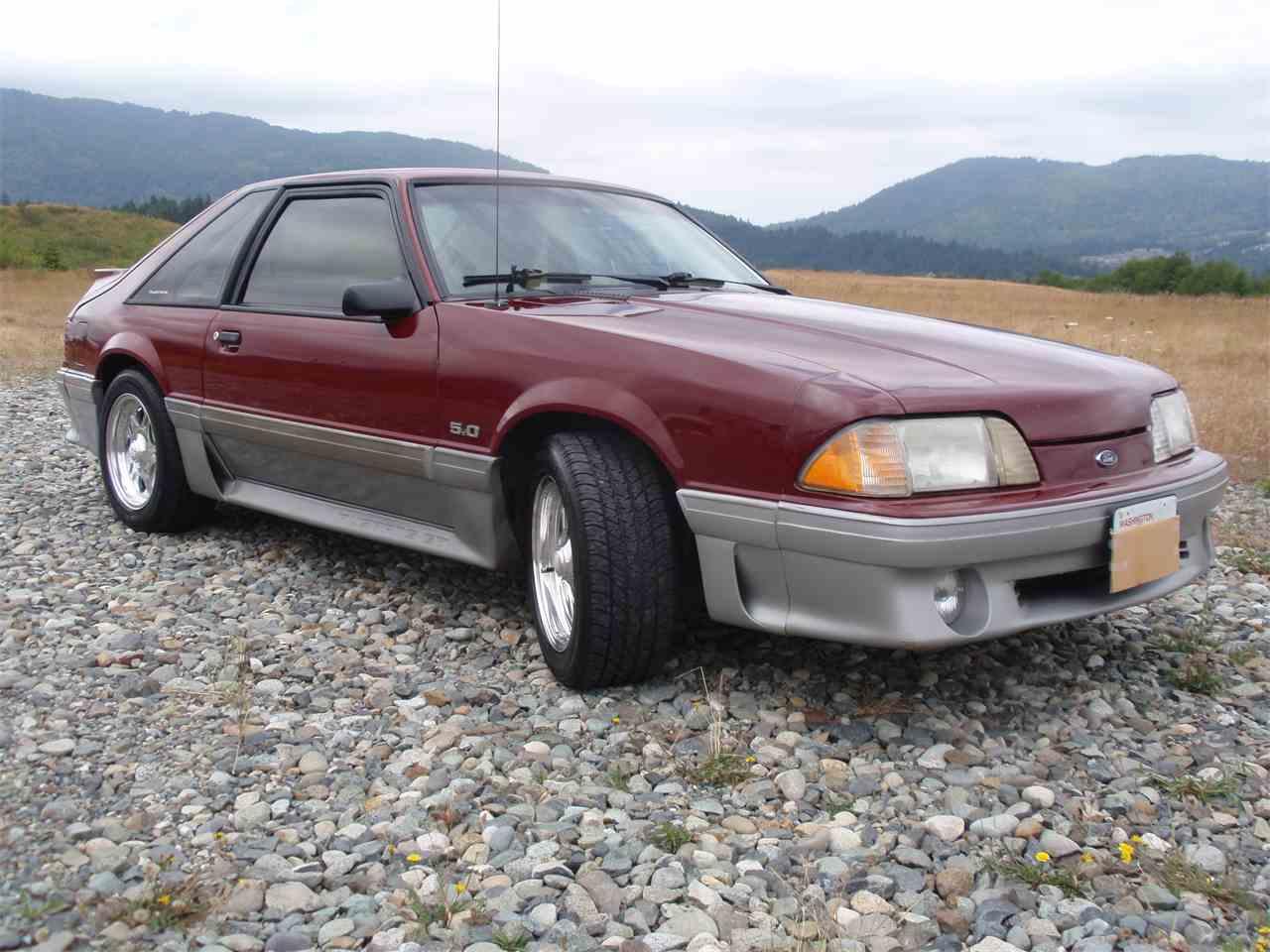 8696263-1989-ford-mustang-gt-std-c.jpg