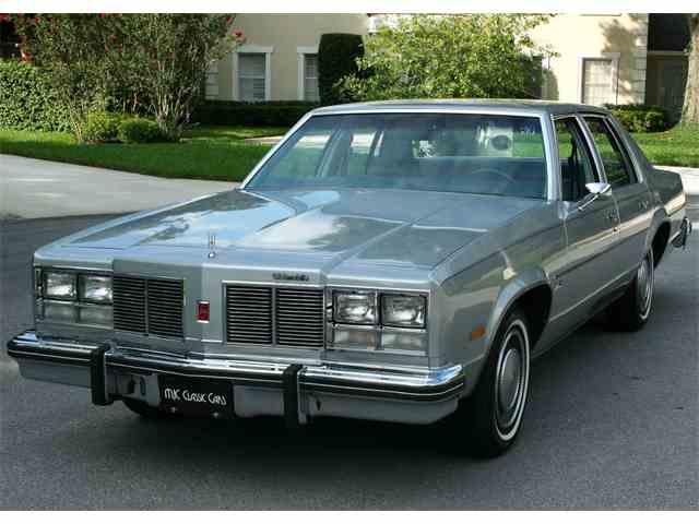 1977 Oldsmobile Delta 88 | 999740