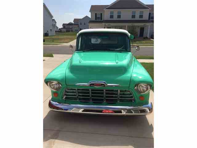 1957 GMC 1/2 Ton Pickup | 999975