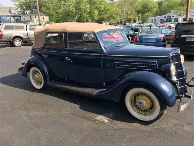 1935 Ford Sedan | 999996