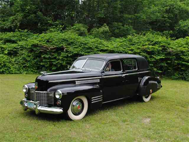 1941 Cadillac Series 75 Imperial limo | 999999